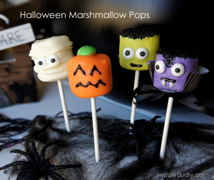 Super Cute Halloween Marshmallow Pops!