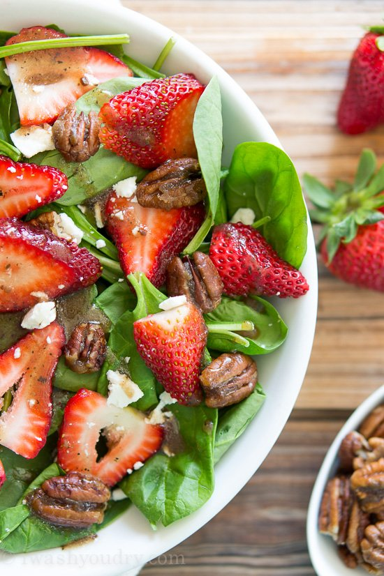 Strawberry Spinach Salad with Candied Pecans
