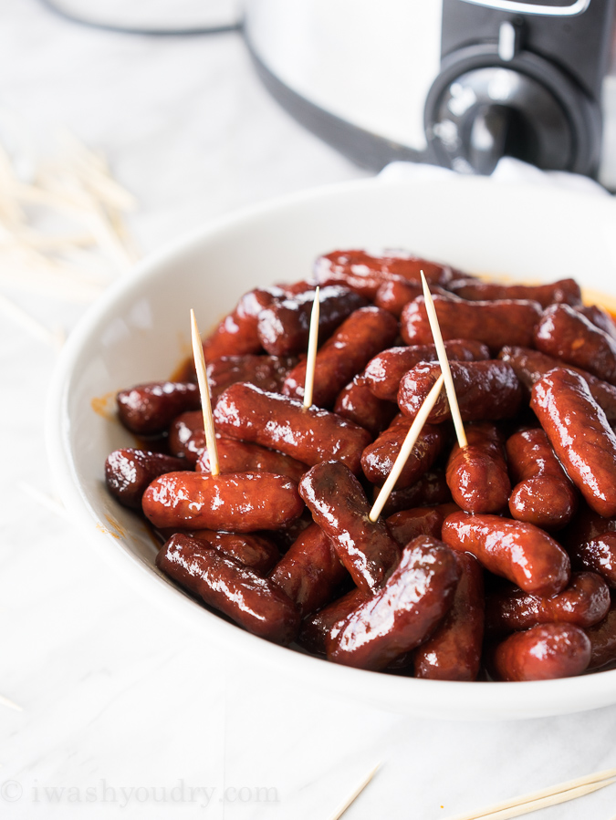 Slow Cooker Raspberry Chipotle Little Smokies