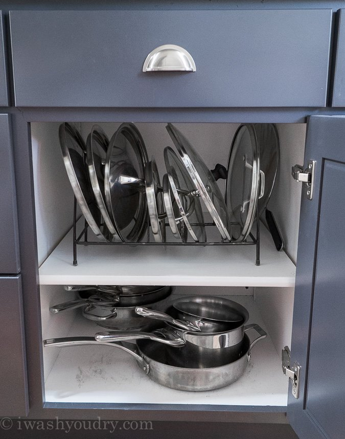 Organize Pot And Pan Lids With A Wire Rack!