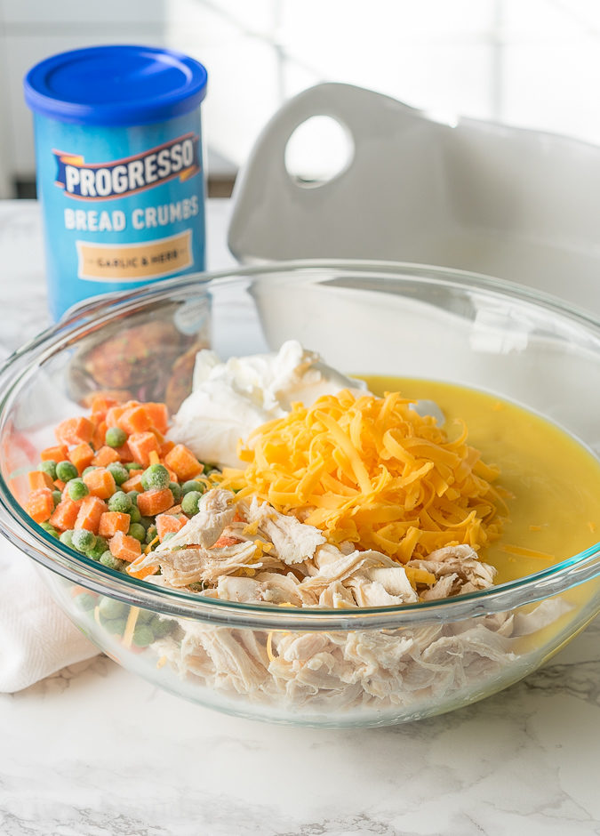 This Easy Chicken Noodle Casserole is a comforting dinner recipe that only has 15 minutes of prep! So easy and delicious, my whole family loved it!