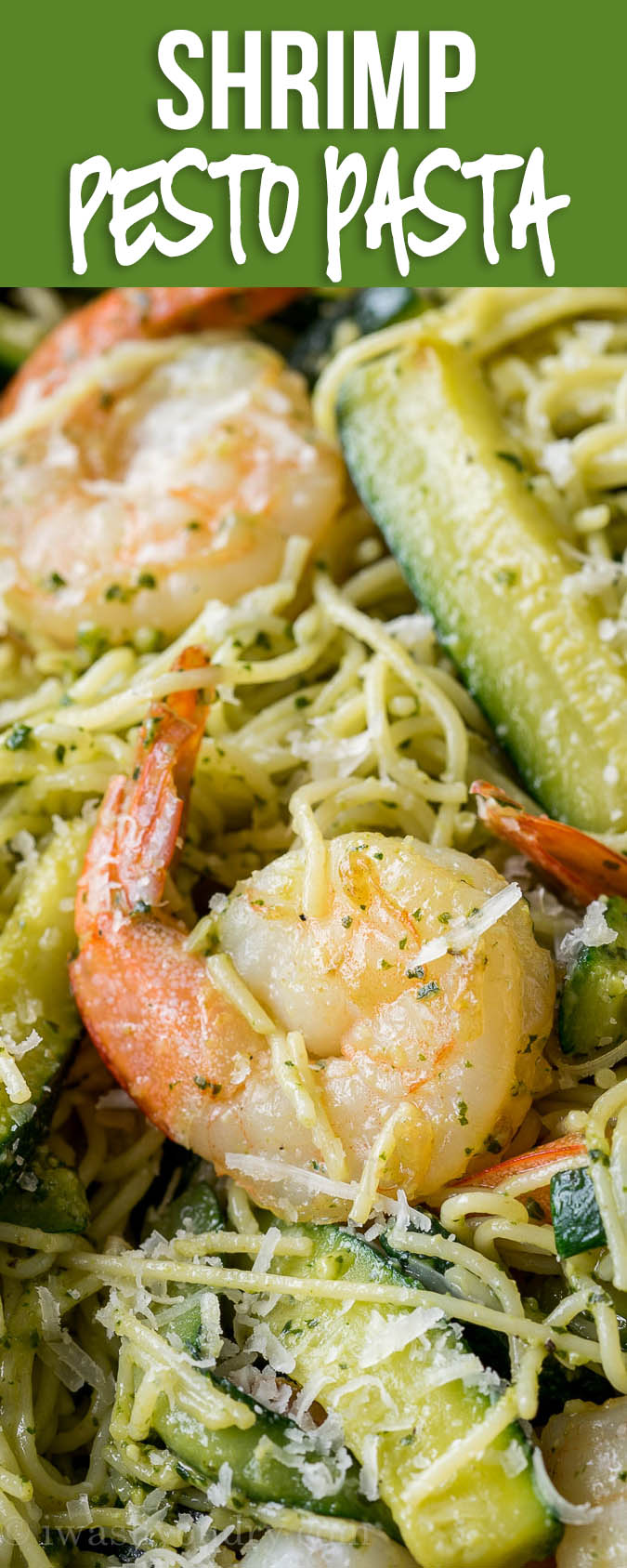 SO EASY! This Shrimp with Pesto Pasta is my new favorite easy dinner recipe!