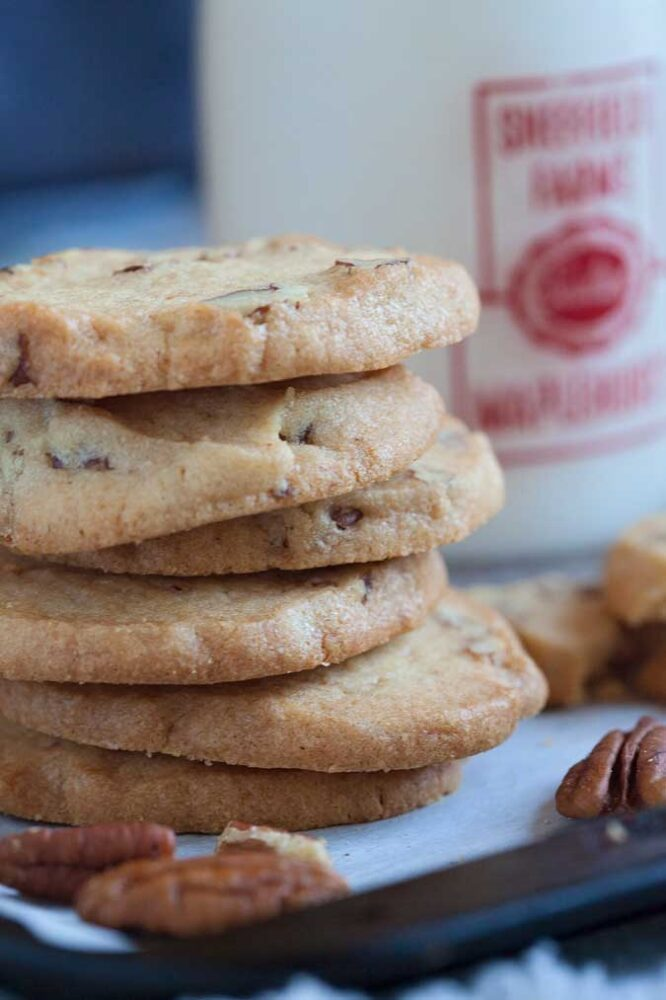 Looking for a crispy, versatile frozen cookie dough to dip, dunk or dress up? Vanilla Pecan Icebox Cookies are the perfect base for all kinds of desserts.